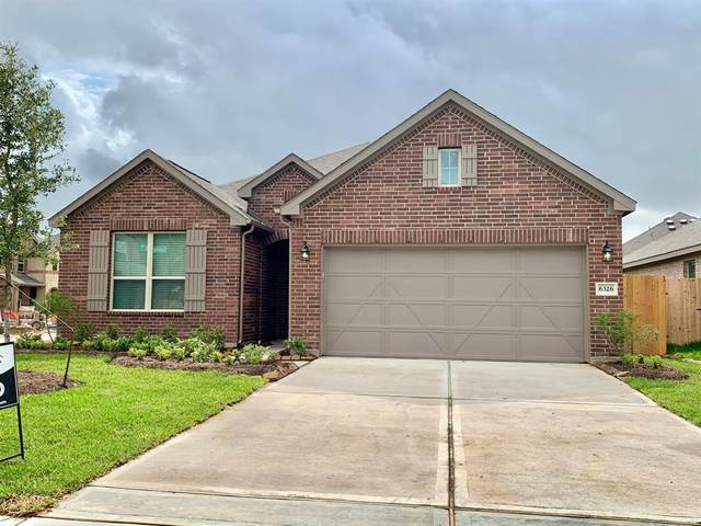 935 Golden Willow Lane, Conroe, TX 77304 (MLS #16691441) :: The Bly Team