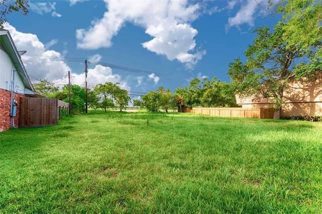 2527 Lazy Lake Drive, Nassau Bay, TX 77058 (MLS #16753634) :: Texas Home Shop Realty