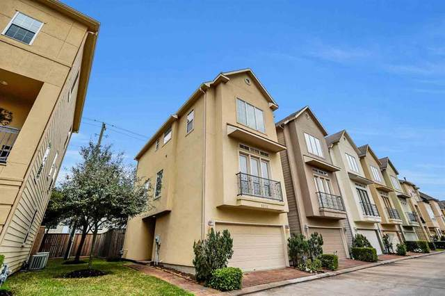 9028 Harbor Hills Drive, Houston, TX 77054 (MLS #16756111) :: The Sansone Group
