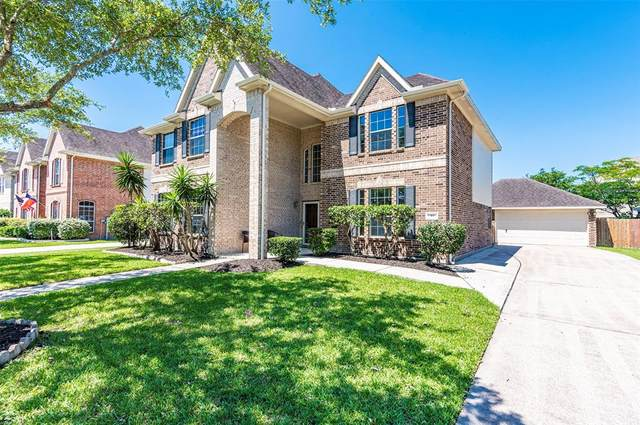 311 Willow Pointe Drive, League City, TX 77573 (MLS #16886886) :: Christy Buck Team