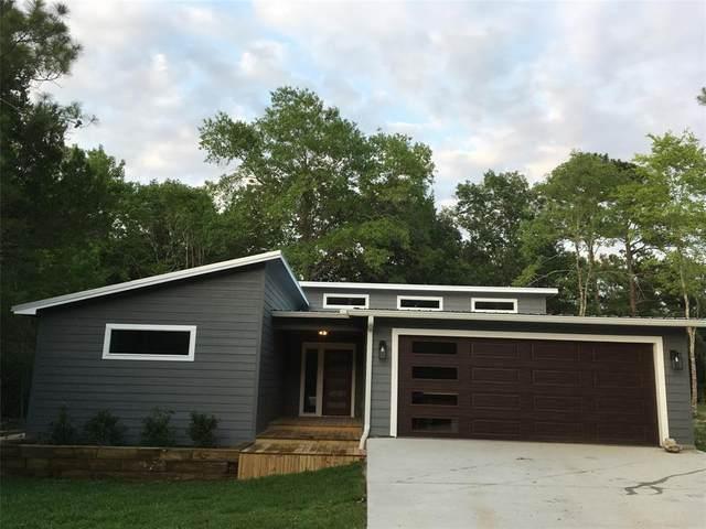 30 N Royale Greens Drive, Coldspring, TX 77331 (MLS #16918182) :: The SOLD by George Team