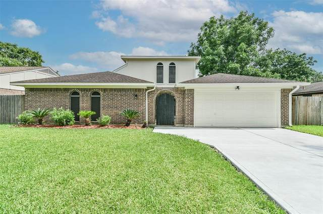 2308 Cambridge Court N, League City, TX 77573 (MLS #17076889) :: The SOLD by George Team