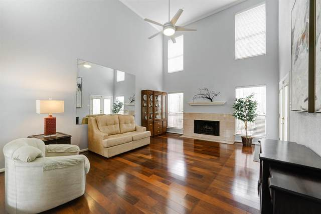 1914 Augusta Drive #25, Houston, TX 77057 (MLS #17122383) :: All Cities USA Realty