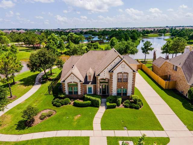 12202 Hidden River Lane, Pearland, TX 77584 (MLS #17149142) :: The Bly Team