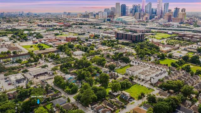 2804 Cary Street, Houston, TX 77003 (MLS #17153101) :: My BCS Home Real Estate Group