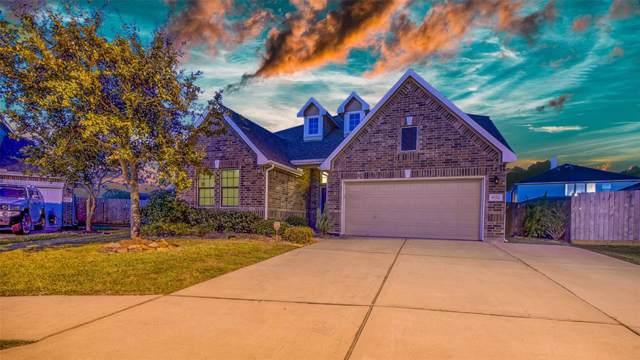 9722 Indian Trail, Mont Belvieu, TX 77523 (MLS #17168471) :: Texas Home Shop Realty