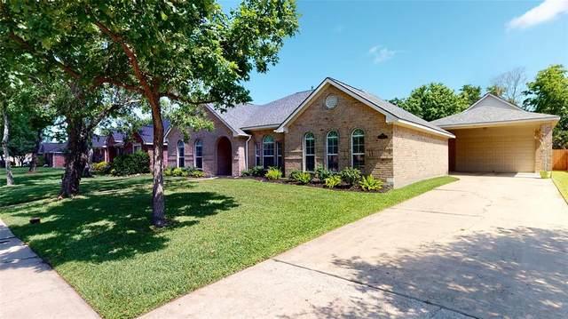 2210 Greenthread, League City, TX 77573 (MLS #17299214) :: TEXdot Realtors, Inc.