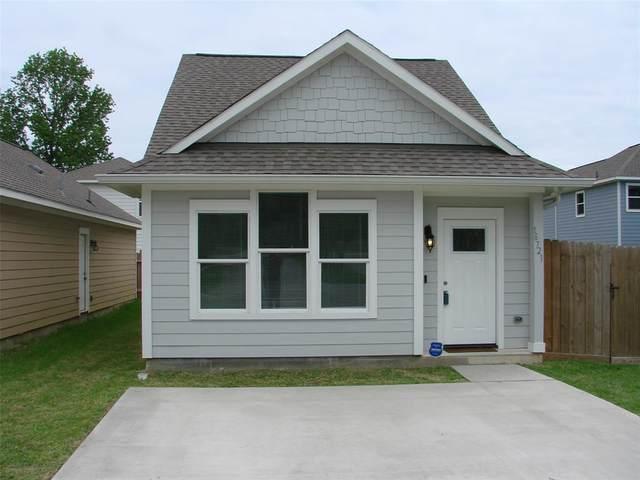 16721 Meadowcroft, Conroe, TX 77356 (MLS #17501986) :: Michele Harmon Team