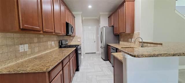 26 Whitekirk Place, The Woodlands, TX 77354 (MLS #17661677) :: Michele Harmon Team