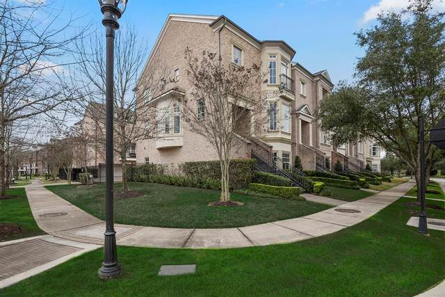 3 Colonial Row Drive, The Woodlands, TX 77380 (MLS #17679467) :: Green Residential