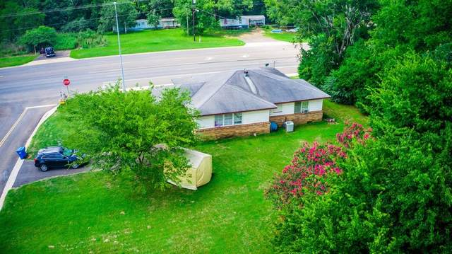 114 Rusk Avenue, Wells, TX 75976 (MLS #17724853) :: Connell Team with Better Homes and Gardens, Gary Greene