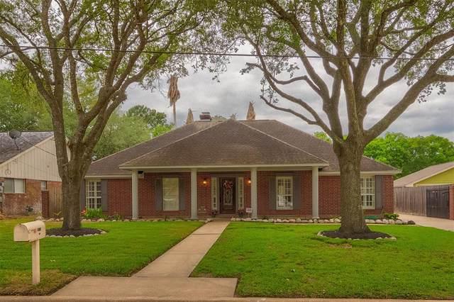 311 Amber Lane, League City, TX 77573 (MLS #17816953) :: The Parodi Team at Realty Associates