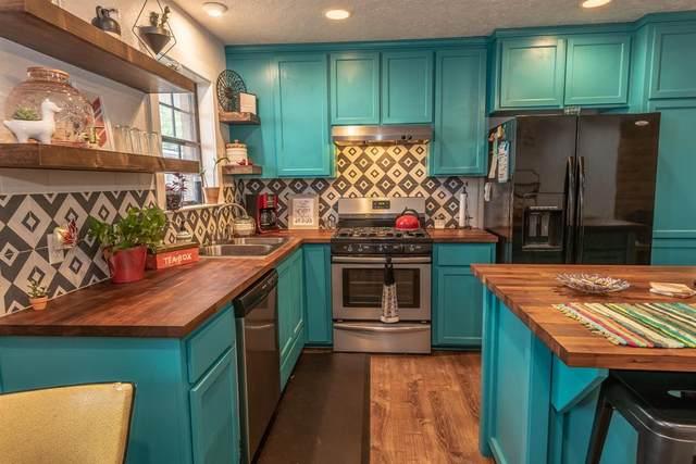 302 S Moore Street, Caldwell, TX 77836 (#17846241) :: ORO Realty