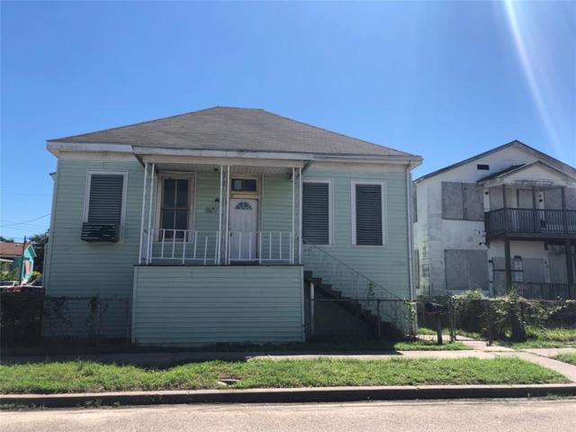 3201 Avenue M 1/2, Galveston, TX 77550 (MLS #17848552) :: Krueger Real Estate