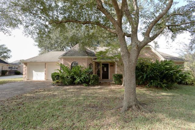 1001 Londonderry Avenue, Friendswood, TX 77546 (MLS #17885874) :: NewHomePrograms.com LLC