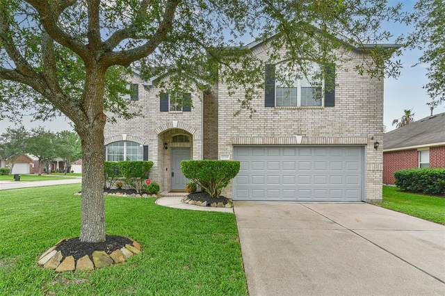 2119 Goldfinch Lane, League City, TX 77573 (MLS #18004334) :: The Bly Team