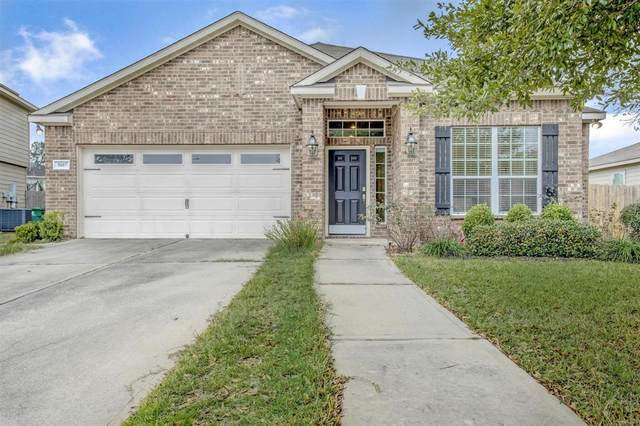 5607 Straight Way, Kingwood, TX 77339 (MLS #18040454) :: The Queen Team