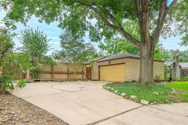 2207 Silver Sage Drive, Houston, TX 77077 (MLS #18053202) :: The Property Guys
