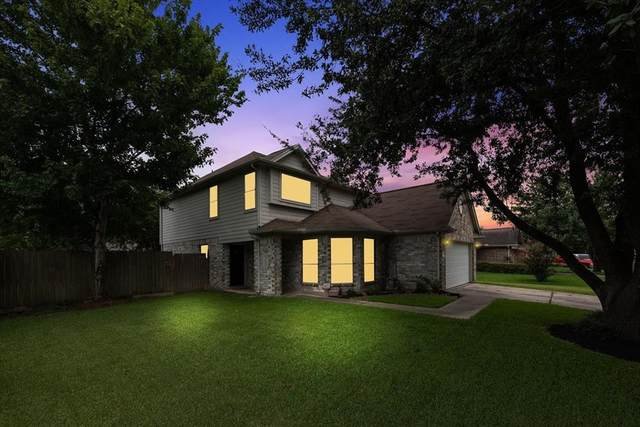 15303 Streatham Circle, Channelview, TX 77530 (MLS #18095430) :: The Queen Team
