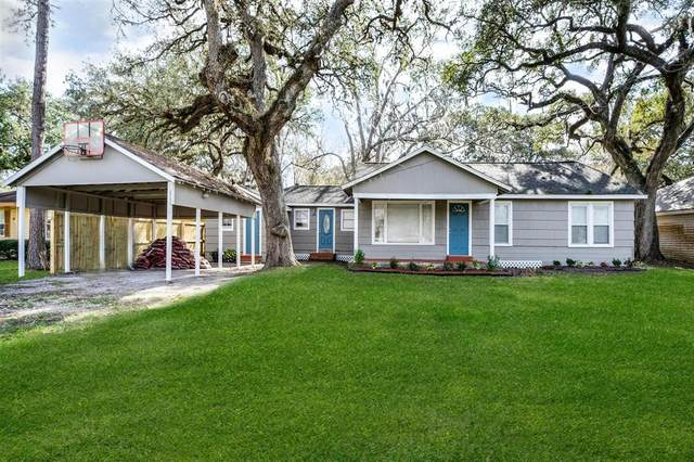 802 Avenue A, Sweeny, TX 77480 (MLS #18099431) :: The Freund Group