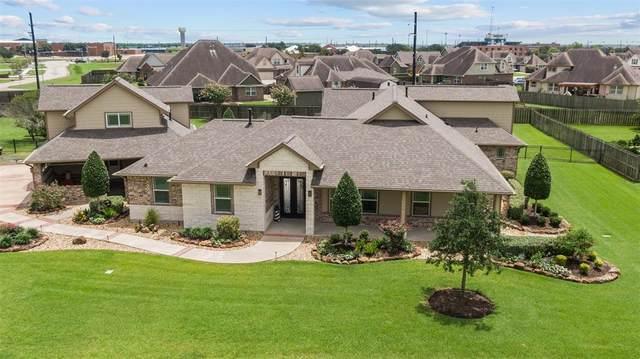 10126 Royal Palm Drive, Mont Belvieu, TX 77523 (#18197970) :: ORO Realty