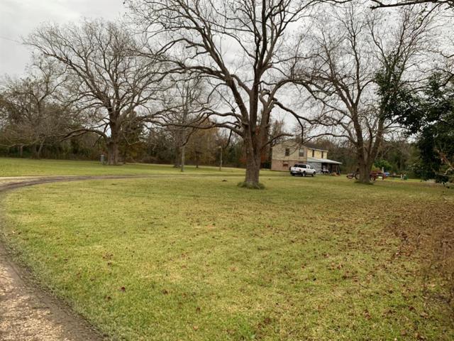 233 Meadow Lane End, Jones Creek, TX 77541 (MLS #18211343) :: The Sansone Group