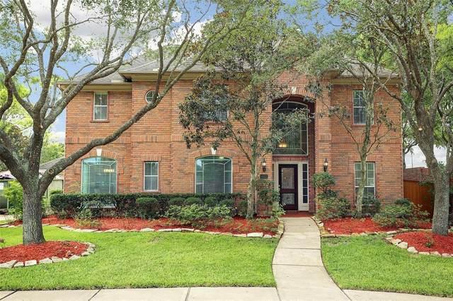 3323 Scenic Elm Street, Houston, TX 77059 (MLS #18240624) :: Guevara Backman