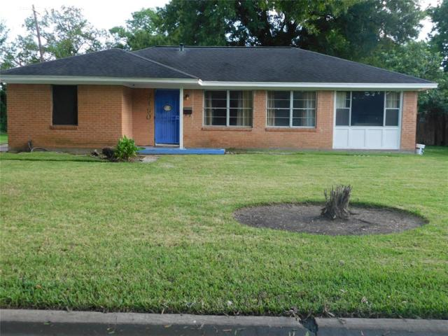 6150 Belarbor Street, Houston, TX 77033 (MLS #18240849) :: The Johnson Team