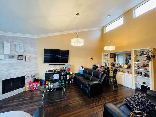 10075 Westpark Drive #57, Houston, TX 77042 (MLS #18250568) :: Giorgi Real Estate Group
