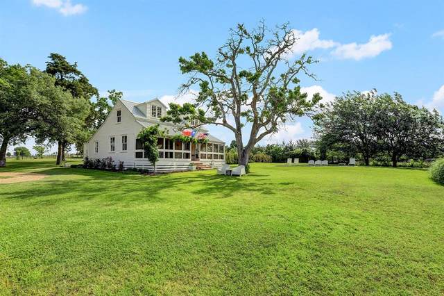 6389 Miller Road, New Ulm, TX 78950 (MLS #18328804) :: Connect Realty