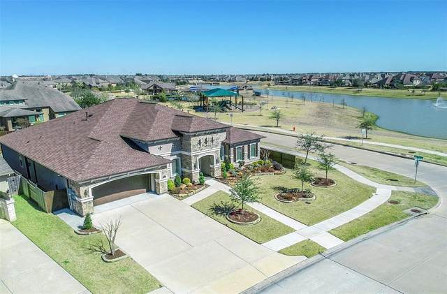 2213 Pleasant Hill Drive, Friendswood, TX 77546 (MLS #18355233) :: The Bly Team