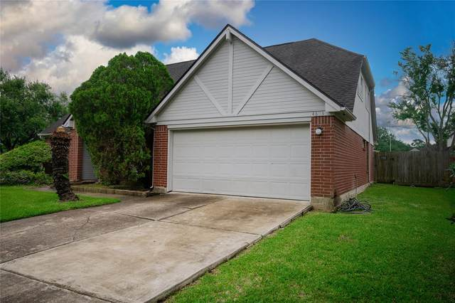 4803 Heritage Plains Drive, Friendswood, TX 77546 (MLS #18395163) :: Texas Home Shop Realty