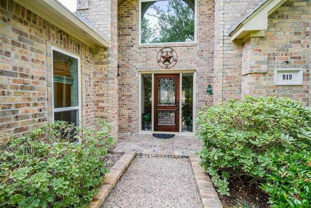 919 Old Valley Way, Houston, TX 77094 (MLS #18565730) :: Giorgi Real Estate Group