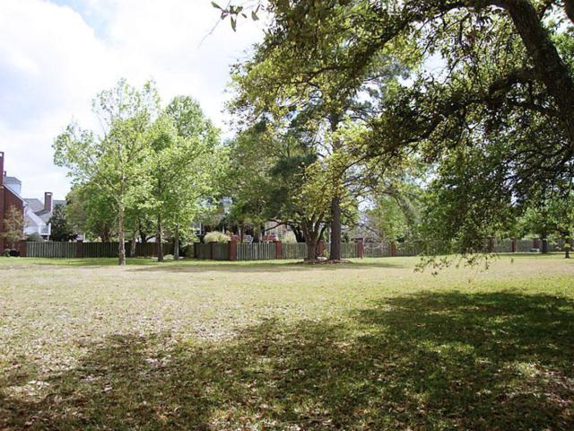 1207 Bluebonnet Drive, Taylor Lake Village, TX 77586 (MLS #18605047) :: The SOLD by George Team