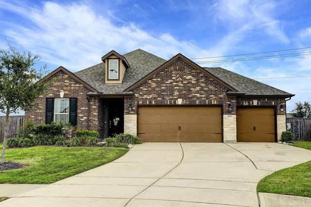 2617 Kenton Hollow Lane, Pearland, TX 77089 (MLS #18725945) :: Homemax Properties