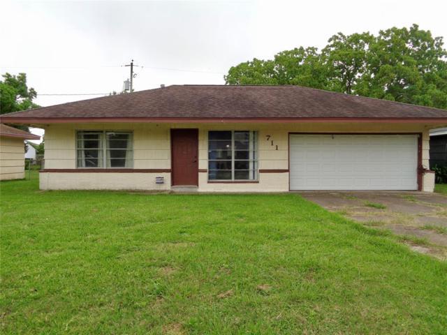 711 W 9th Street, Freeport, TX 77541 (MLS #18852930) :: Texas Home Shop Realty
