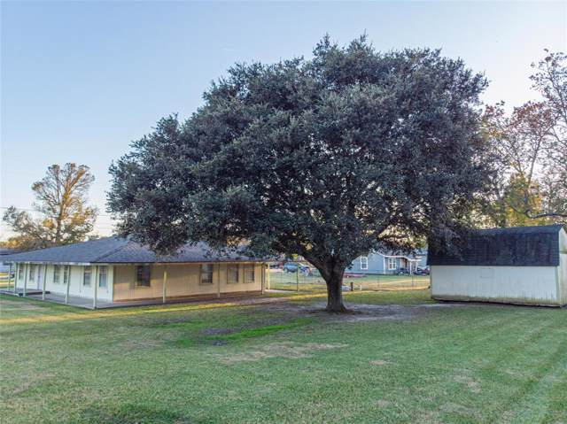 5511 Carriage Trails, Baytown, TX 77523 (MLS #18900368) :: The Sansone Group