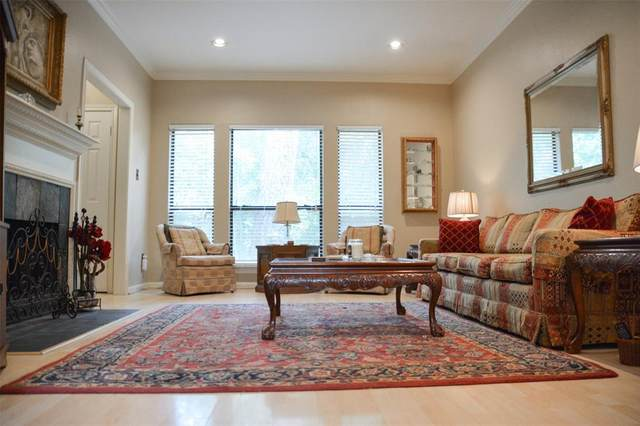 11711 Memorial Drive W #15, Houston, TX 77024 (MLS #18984083) :: The SOLD by George Team