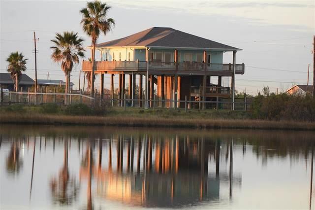 802 18th Street, Port Bolivar, TX 77650 (MLS #18984901) :: Ellison Real Estate Team