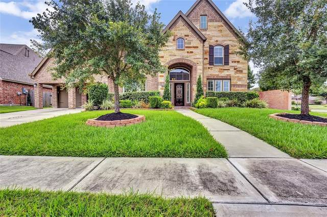 13804 Morgan Bay Drive, Pearland, TX 77584 (MLS #19011545) :: Ellison Real Estate Team