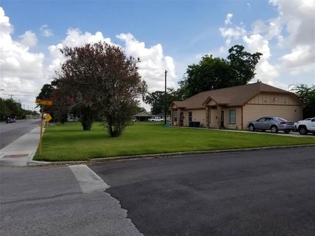 1501 N Main Street, Galena Park, TX 77547 (MLS #19117277) :: The Queen Team