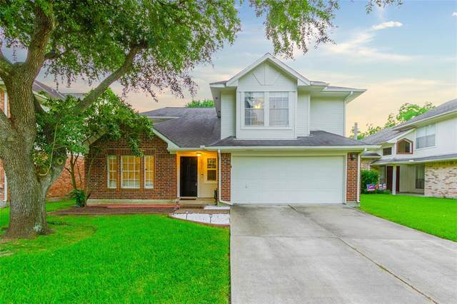 2023 Summerfield Place, Sugar Land, TX 77478 (MLS #19167778) :: The SOLD by George Team