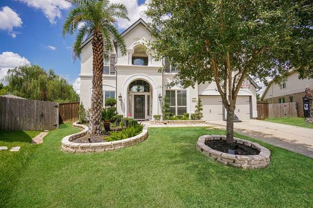13433 Vintage Trail Lane, Pearland, TX 77584 (MLS #19213242) :: The Bly Team