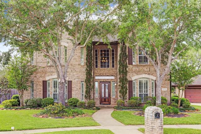 2012 Cardinal Ridge Circle, Friendswood, TX 77546 (MLS #19233400) :: The SOLD by George Team