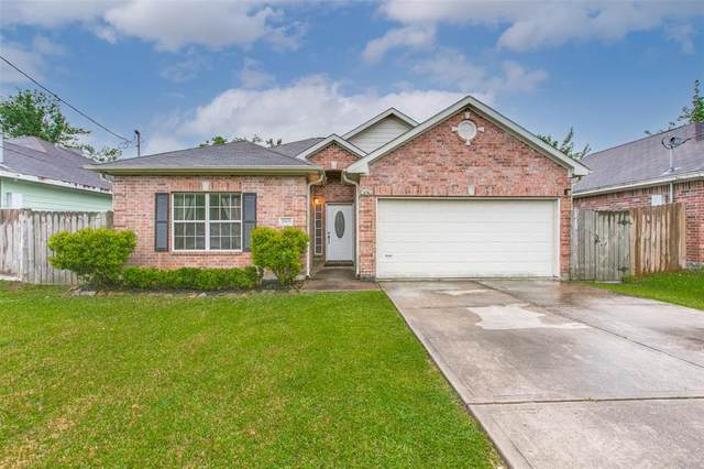2905 Kentucky Avenue, League City, TX 77573 (MLS #19326024) :: Christy Buck Team