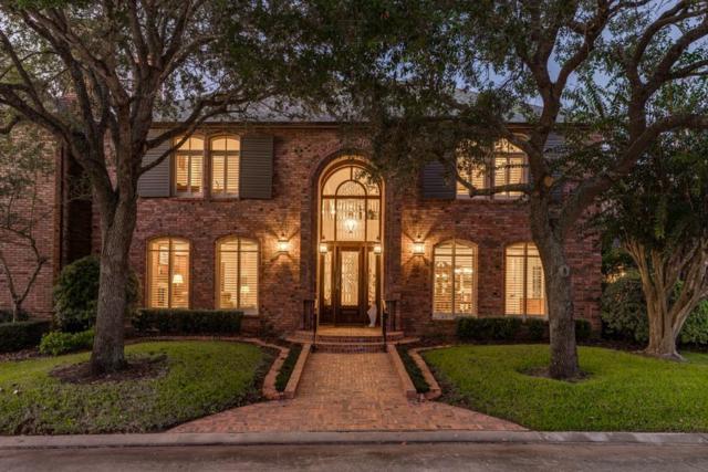 5 Heritage Oak Court, Lake Jackson, TX 77566 (MLS #19428846) :: Giorgi Real Estate Group