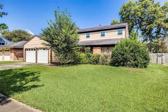 16226 Alametos Drive, Houston, TX 77083 (MLS #19465277) :: NewHomePrograms.com