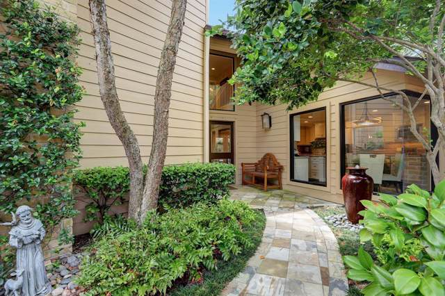 10303 Olympia Drive, Houston, TX 77042 (MLS #19623657) :: The Bly Team