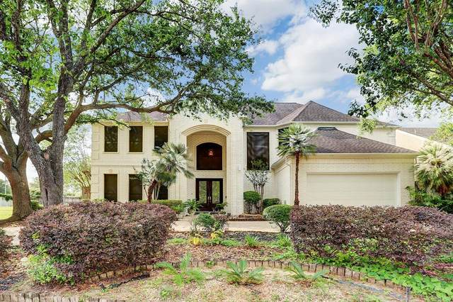 8110 Fondren Lake Drive, Houston, TX 77071 (MLS #19626006) :: The SOLD by George Team