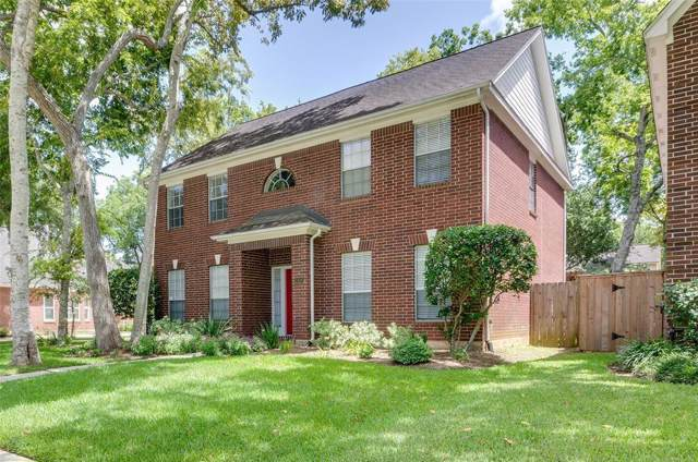 1418 Berrytree Drive, Sugar Land, TX 77479 (MLS #19687342) :: The Bly Team